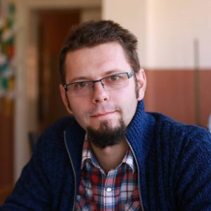 Inițiatorul clubului, prof. Olivian Dulea
